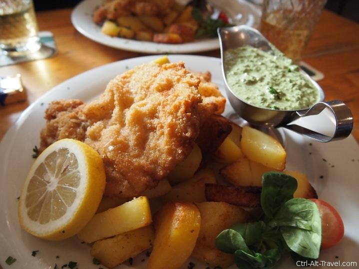 Schnitzel with Potatoes and Frankfurter Green Sauce